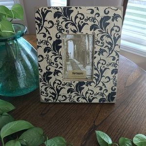 Pier 1 Imports wood frame 4x6